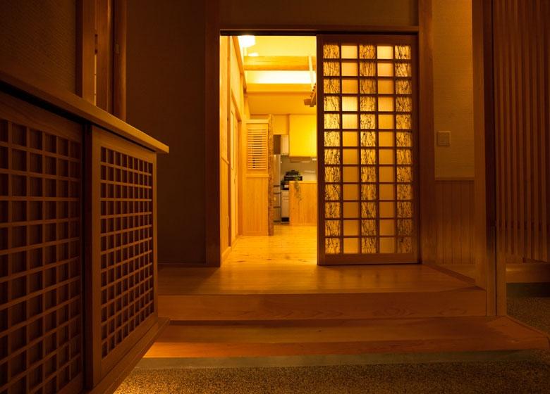 無垢と自然素材で造った日本建築の真髄に酔う
