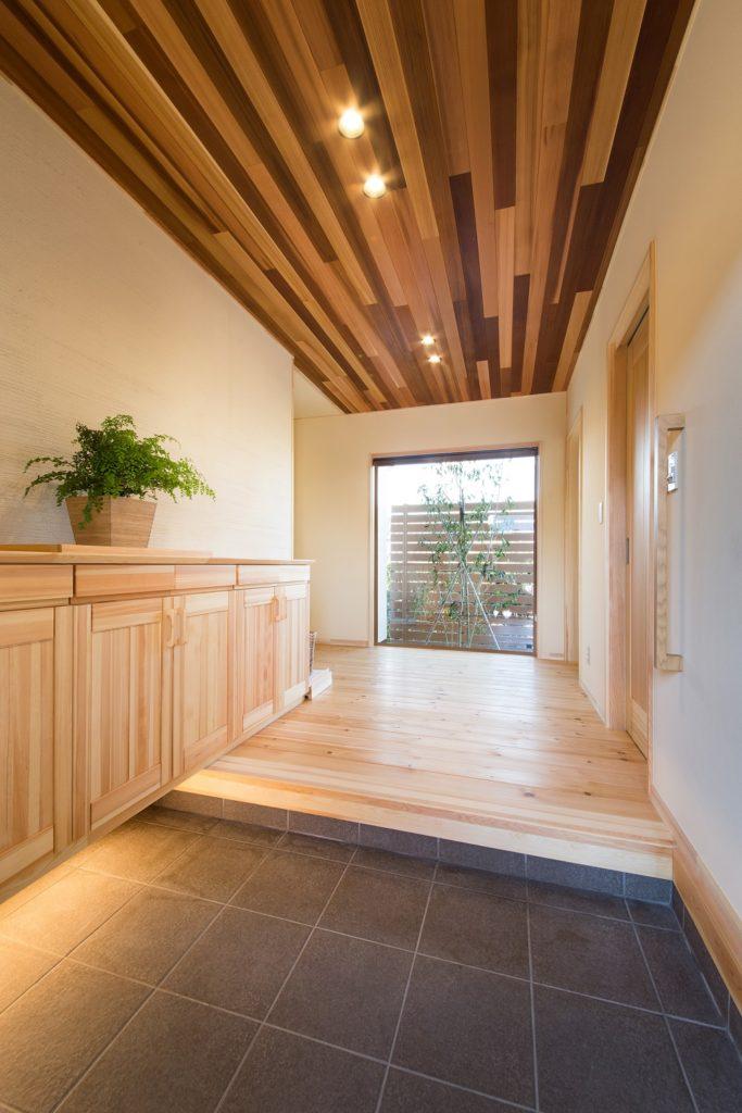 パッシブエアコンの快適さに包まれた平屋の無垢の家